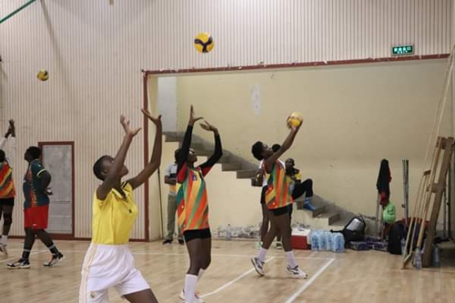 Reconnaissance : Paul Biya cite en exemple le volleyball